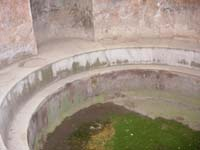 Cold water bath chamber in Pompeii